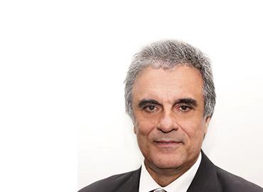 Professor da Pós-graduação em Direito do UniCEUB, Advogado,  Palestrante e Professor da PUC/SP. Graduado e Mestre em Direito pela PUC/SP e doutorando pelas Universidades de São Paulo-USP e de Salamanca (Espanha). Ex-Secretário de Governo (1989 a 1992), Vereador (1995 a 2001), Presidente da Câmara Municipal de São Paulo (2000 e 2001) e Deputado Federal (2002 a 2010). Procurador Municipal concursado, foi chefe da Secretaria dos Negócios Jurídicos e Consultor da Procuradoria Geral do Município de São Paulo. Ex-Ministro de Estado da Justiça (2011 a 2016) e ex-Ministro da Advocacia-Geral da União (2016).
