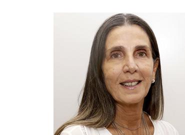 Coordenadora do Programa de Pós-Graduação Lato Sensu em Direito do Centro de Ensino Universitário de Brasília e professora titular da Graduação em Direito do UniCEUB, Coordenadora Acadêmica do Centro Brasileiro de Estudos Constitucionais, vinculado ao Instituto CEUB de Pesquisa e Desenvolvimento – ICPD e Assessora do Ministro Og Fernandes. Atua na CONAM/DF. Professora Associada ao Programa de Mestrado e Doutorado em Direito e Relações Governamentais - UniCEUB. Coordenadora Geral do Observatório das Cortes Constitucionais da América Latina. Coordenadora Acadêmica do Observatório das Cortes Constitucionais da América Latina- UniCEUB.  Possui graduação em Direito pela Universidade Federal da Bahia (1993). Especialista em Direito Eletrônico pela Faculdade Estácio (2019). Mestrado em Desenvolvimento Sustentável pela Universidade de Brasília / Centro de Desenvolvimento Sustentável (2005). Doutora em Ciências e Tecnologias da Saúde-Unb (2015). Pós-Doutoranda em Direito Constitucional pela UERJ (2019)   prof.lilianrocha
