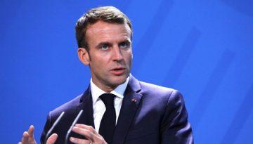 Macron11
