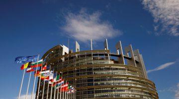 parlamento-europeu-artigo13